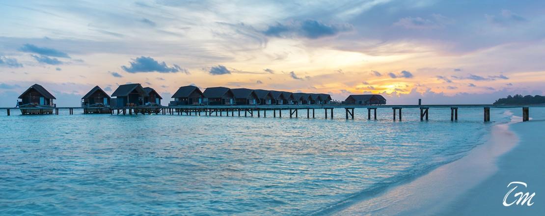 Cocoa Island By Como Water Villas Sunset