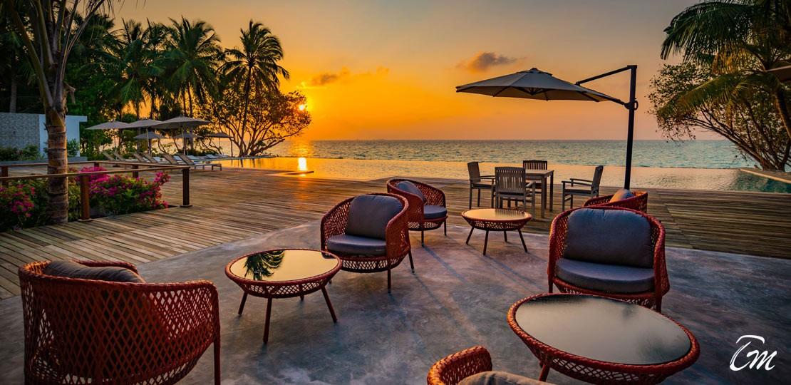 Fiyavalhu Maldives At Mandhoo Island Pool Sunset View