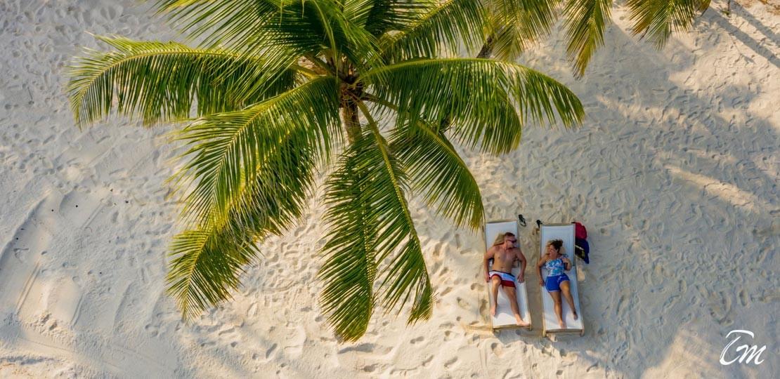 Fiyavalhu Maldives At Mandhoo Island Beach