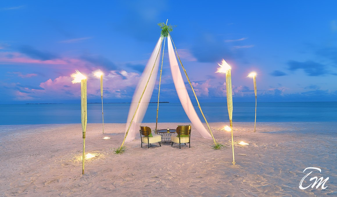 Rahaa Resort Laamu Atoll Maldives Beach Dining