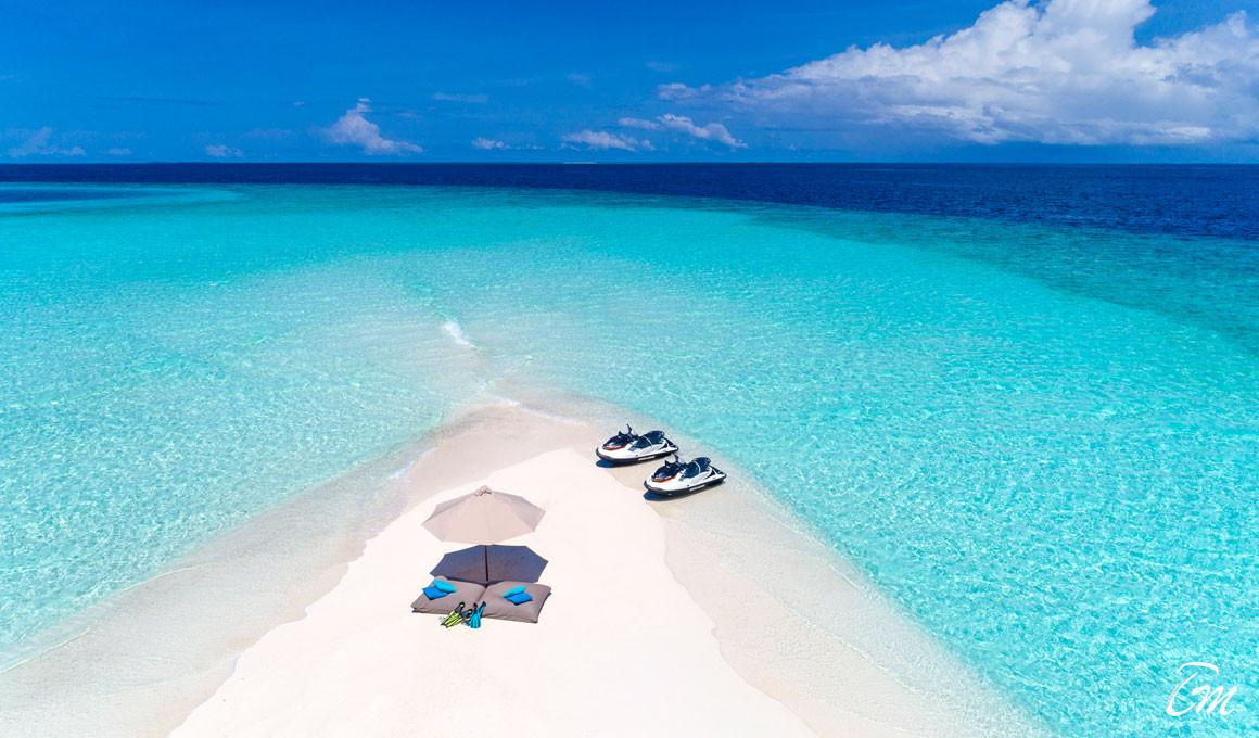 Sheraton Maldives Full Moon Resort and Spa Sand Bank