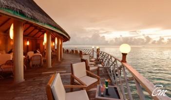 Angaga Island Resort and Spa Maldives Sundown Bar