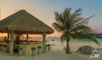 Holiday Inn Resort Kandooma Maldives - Baraveli Beach Bar