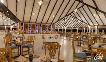 Holiday Island Resort And Spa Maldives - Holiday Main Restaurant