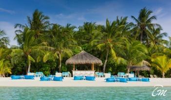 Kurumba Maldives - Athiri Bar