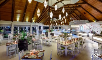 Kurumba Maldives - Vihamanaa Restaurant