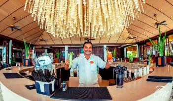 The Spirit Bar - Lily beach resort and Spa Maldives