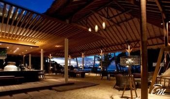 Island Grill Restaurant - Park hyatt Resort Maldives