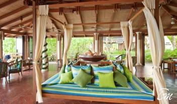 Royal Island Resort and Spa Maldives - Boli Bar