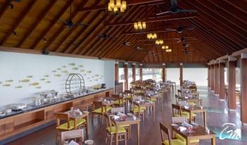 Summer Island Maldives - Hiya Overwater Restaurant