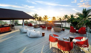The Westin Maldives Miriandhoo Resort - Sunset Bar