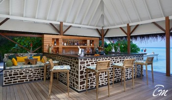 Taj Exotica Resort and Spa, Maldives - Poolside Bar And Restaurant