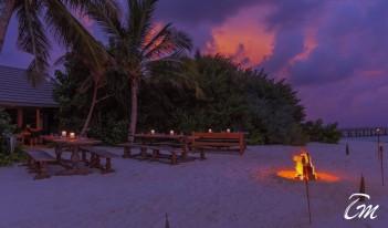 The Standard Huruvalhi Maldives - BBQ SHARK Restaurant