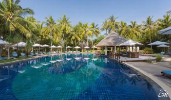 Bandos Maldives Resort And Spa - Pool Bar