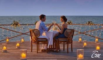 Romantic Over Water Villa Destination Dining - Fairmont Maldives - Sirru Fen Fushi