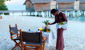 Constance Moofushi Maldives-Alizee-Restaurant
