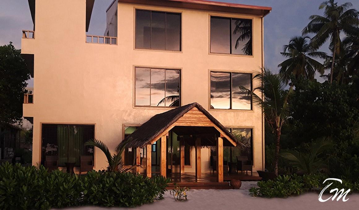 Endheri Sunset Dhangethi Maldives Checp Accommodation