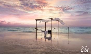 Anantara Veli Maldives Resort And Spa  Sandbank Dinner