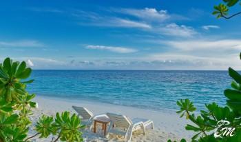 Angaga Island Resort and Spa - White beach facing
