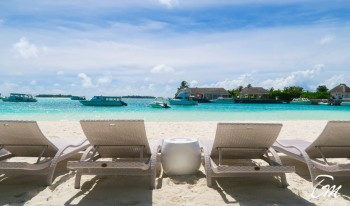 Holiday Inn Kandooma Maldives Main Beach