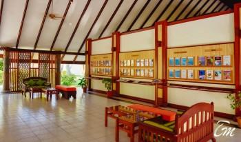 Holiday Island Resort And Spa Maldives Lobby Interior