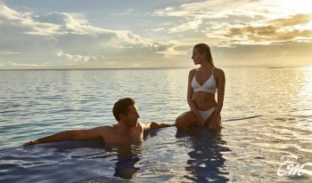 RIU Palace Maldives All-inclusive Over Water Pool Villa