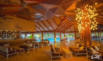 Lily Beach Resort and Spa Maldives Luxury Bar - Vibes Interior