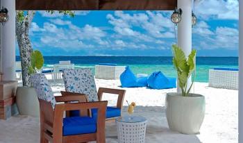 Malahini Kuda Bandos Maldives Dining Interior