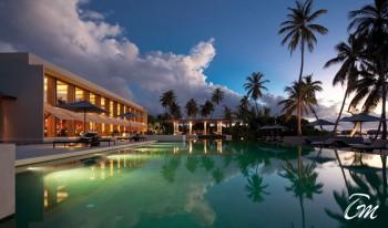 Luxury Pool Side Restaurant - Parkhyatt Maldives resorts