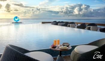 Pullman Maldives Maamutaa - Pool Deck