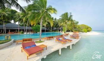 Royal Island Resort And Spa Main Pool
