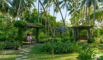 Royal Island Resort And Spa Garden
