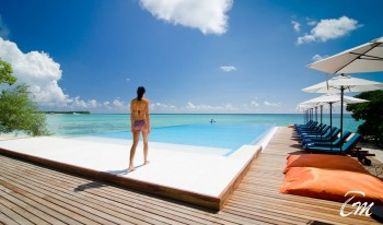 Summer Island Maldives Infinity Pool