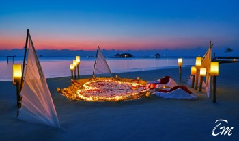 Taj Exotica Resort and Spa Maldives - Romantic Beach Dinner
