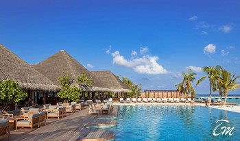 Heritance Aarah Resort Maldives Main Pool Bar