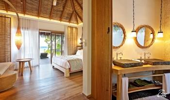 Constance-Moofushi-Maldives-Beach-Villa-Interior
