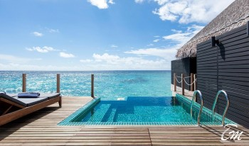outrigger-konotta-maldives-resort-lagoon-pool-villa
