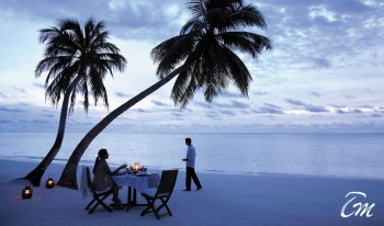 Shangri-Las Villingili Resort and Spa - Beach Romantic dinner