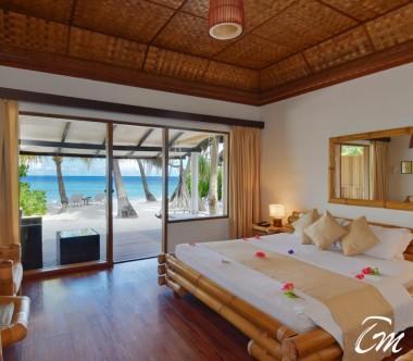 Angaga Island Resort Superior Beach Bungalow Beach Face