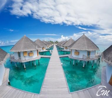 Angaga Island Resort Superior Water Bungalow Exterior
