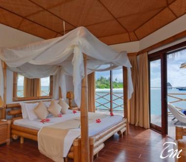 Angaga Island Resort Water Bungalow Ocean Face