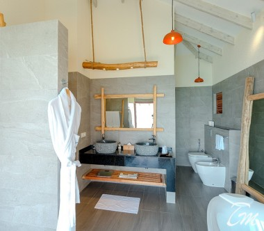 You and Me Maldives By Cocoon Aqua Suite with Pool