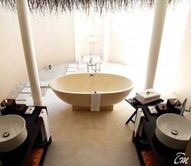 Ayada-Maldives-Garden-Villa-Bathroom
