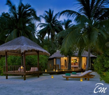 Banyan Tree Vabbinfaru - Beachfront Pool Villa Exterior