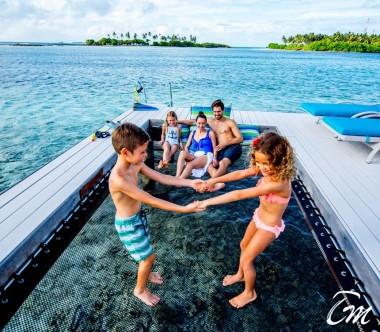 Holiday Inn Resort Kandooma Maldives Overwater Villa  Deck