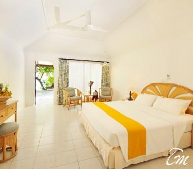 Holiday Island Resort And Spa Maldives Superior Beach Bungalows Interior