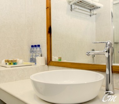 Kaani Village And Spa Maafushi Deluxe Family Room Washroom