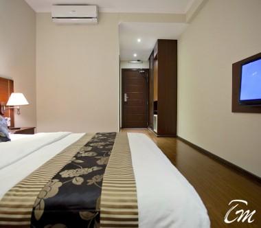Kaani Beach Hotel Maafushi Deluxe Double Room Sea View With Balcony Amenities