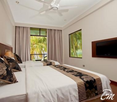Kaani Beach Hotel Maafushi Deluxe Triple Room Sea View With Balcony
