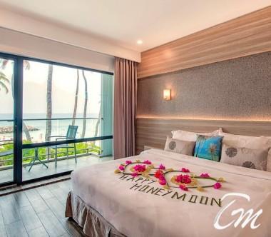 Kaani Grand Seaview Maafushi Honeymoon Room with Sea view and Balcony